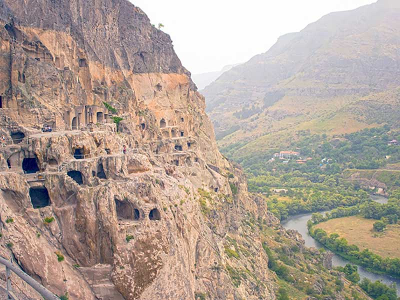 Discover Armenia and Georgia at your leisure